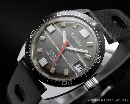 New Old Stock diver's vintage watch