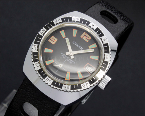 Diver Luxan Swiss made vintage mechanical Boys size watch Lorsa 238GA