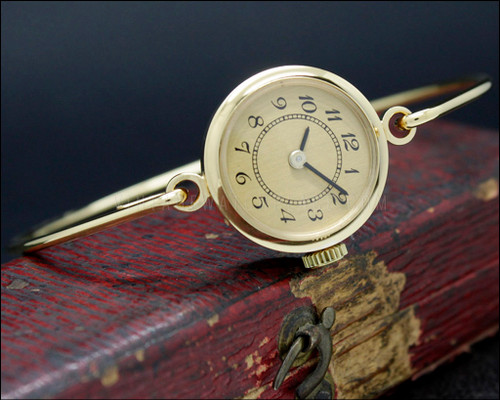 Swiss made bracelet watch, vintage mechanical, Durowe 1980 int. movement