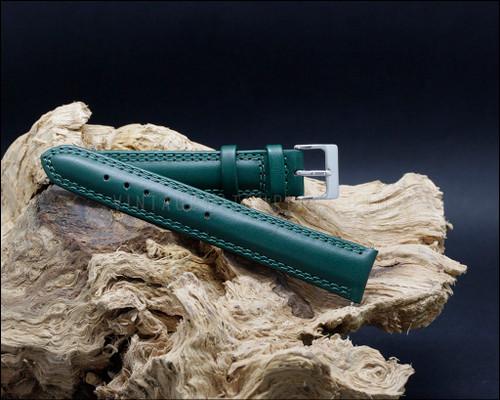 Classic, smooth grain, matt green watch strap, 18-20-22 mm.