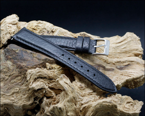 Odd sizes classic, buffalo grain, Black watch strap, 17-19 mm.