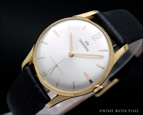 New Old Stock classic vintage watch