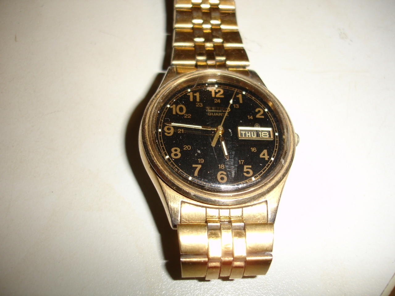 Seiko Model 7n43 Quartz Watch Black Dial Gold Case And Original Band Day Date
