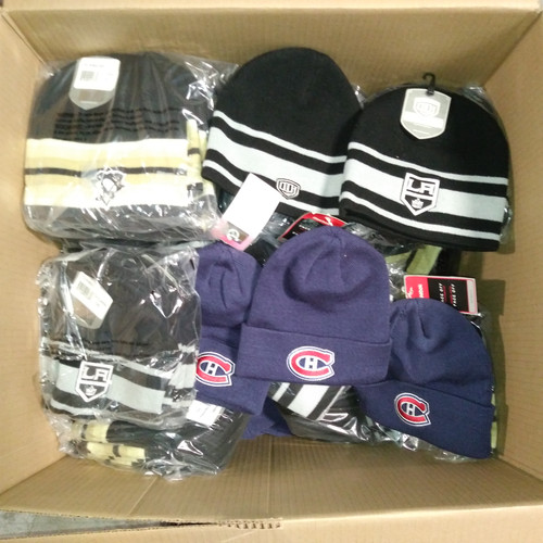 153 Units of LNH Tuques (Canadiens Montreal & More) - MSRP 3364$ - Brand New (Lot # 555902)