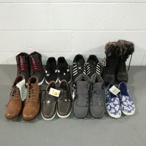 107 Units of Shoes - MSRP 2641$ - Returns (Lot # 559934)