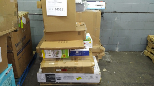 1 Pallet #14512 - 39 units of Pet Products from Amazon Canada - MSRP 2423$  - Returns