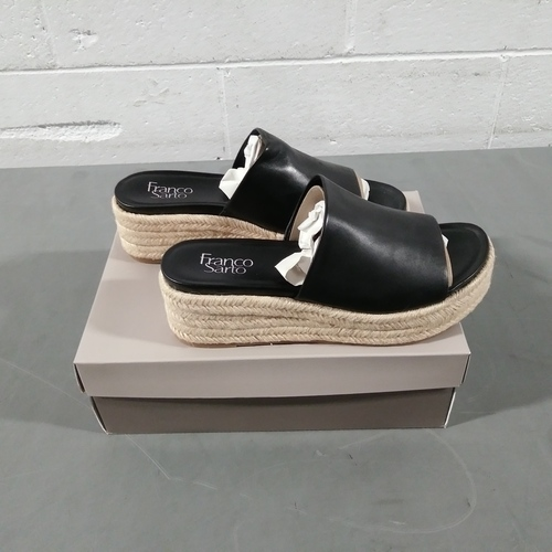 12 Units of Franco Sarto Women's Tola Sandal - Black - 9M - MSRP 720$ - Brand New (Lot # CP562820)