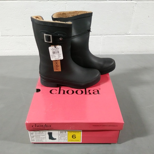 12 Units of Chooka Women's Waterproof Boots - Black - Size 6 - MSRP 480$ - Brand New (Lot # CP562823)