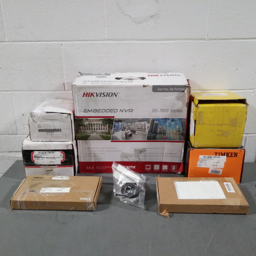 11 Units of Auto Parts & Accessories - MSRP 440$ - Returns (Lot # 569738)
