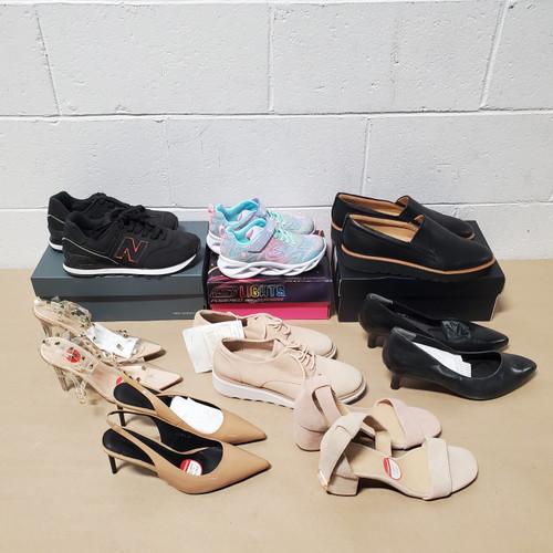 42 Units of Shoes (pair) - MSRP 3435$ - Returns (Lot # 577653)