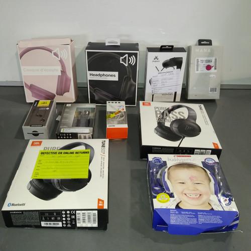 76 Units of Headphones - MSRP 3172$ - Returns