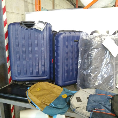 36 Units of Luggages & Bags - MSRP 2618$ - Returns