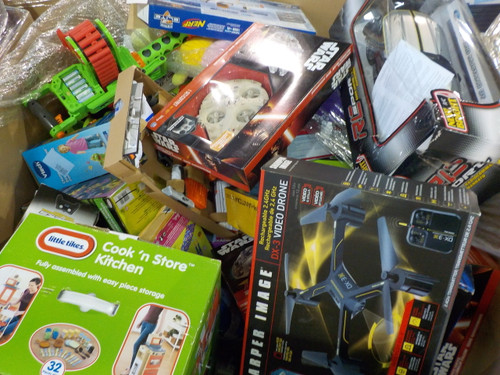 1 Pallet #14096 - 221 units of Toys from One of Canada Largest Retailers -  MSRP 6196$ - Returns