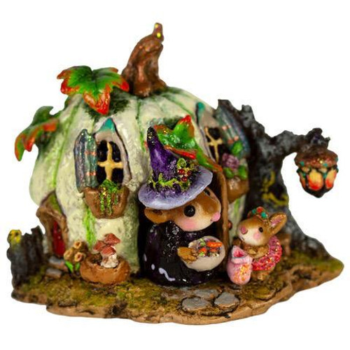 M-619a Wee Halloween Bungalow