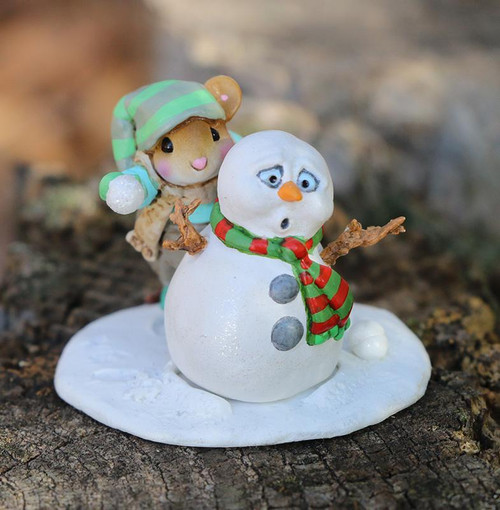 M-597a Snowball Fright - LIMITED