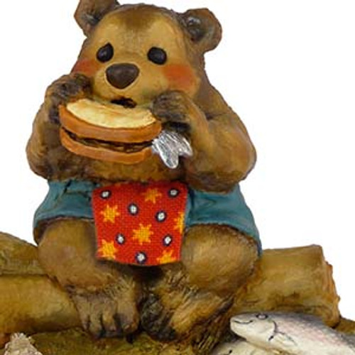 BB-3 Lunch on a Log