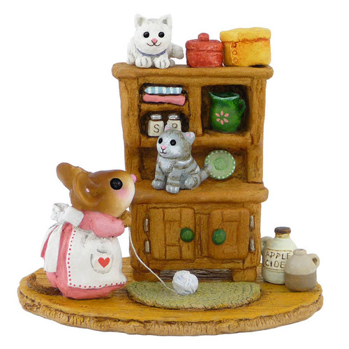 M-480a Kitty Cupboard