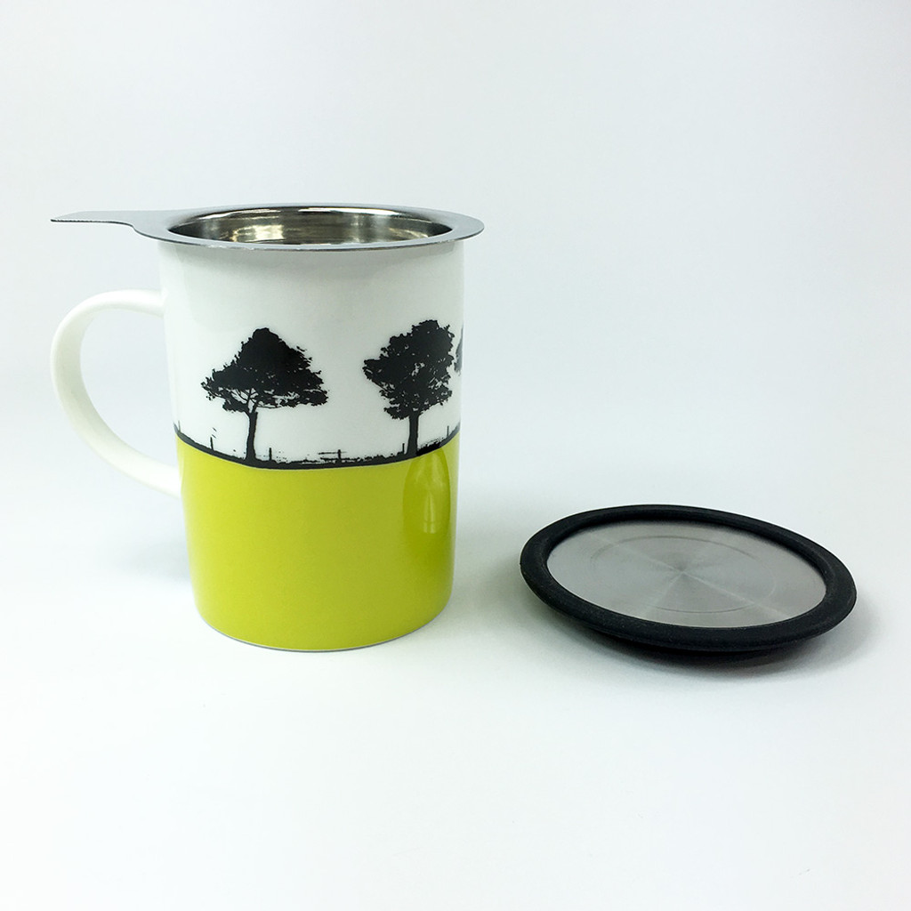 Harrogate landscape mug with tea filter