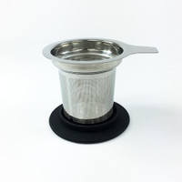 Tea filter with silicone lid
