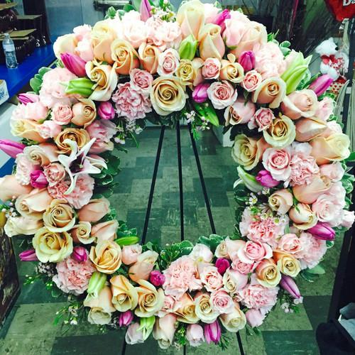 A Queen's Tribute Sympathy Flowers Midwood Flower Shop   Charlotte Florist Delivery Service
