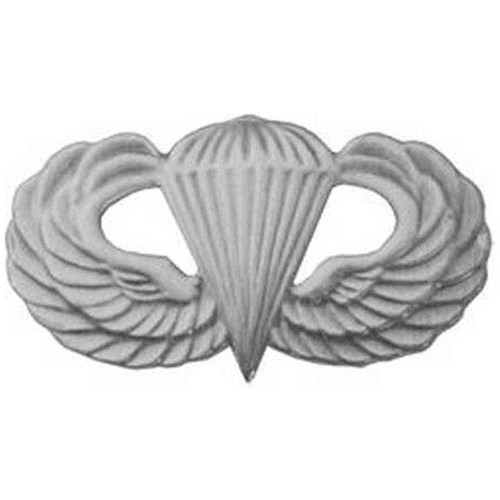 army paratrooper hat lapel pin