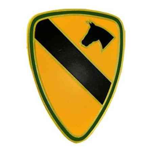 army 1st cavalry div hat lapel pin