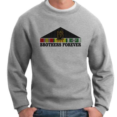 vietnam memorial wall brothers forever crewneck sweatshirt