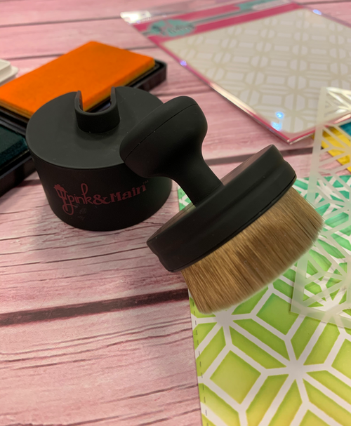 Ergonomic Blending Brush