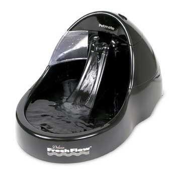 Petmate Deluxe Fresh Flow Black 108oz Dog
