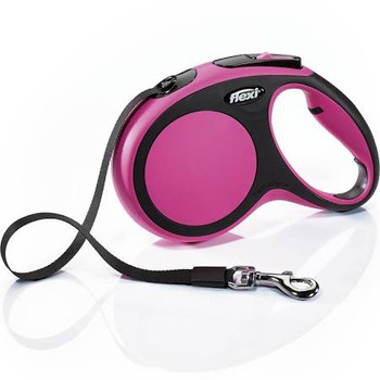 Perfectly designed two-color 16 ft. tape leash for dogs up to 55 lbs. with color-coordinated brake button. Ergonomic grip through the adjustable handle. Reliable handling thanks to the efficient short-stop one-handed braking system. Can be customized with the flexi LED Lighting System and/or the flexi Multi Box for treats or standard poop-bag rolls. Made in Germany