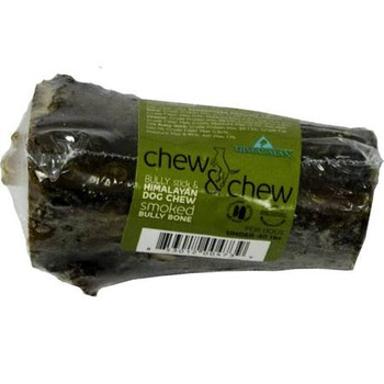 """Himalayan Dog Chew Chew Chew Smoked Bully Bone Medium Our smoked Bully bone combines everything you need in a chew into one amazing treat It has the meaty Flavor of a bully stick, the healthy minerals of Himalayan Dog Chew and the durability of a a s"""""""
