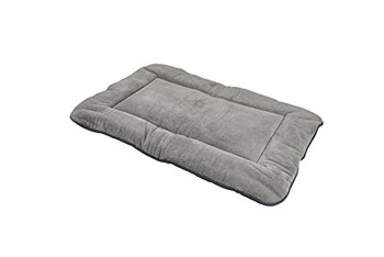 Pamper your messy mutt with this reversible, generously-stuffed dog mattress with EVERFRESH natural odor control. The ultraplush fur keeps your pup cozy in cooler temperatures, while the breathable cotton poly blend is ideal for warmer days and nights. Cuddle up!