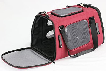 With four decades of child safety experience, the creators of Gen7Pets?? bring the engineering, meticulous detail, and quality assurance that millions have trusted for their babies to the Gen7 Commuterƒ?›. Crash tested and rated 5-Stars by The Center for Pet Safety??, the Gen7 Commuterƒ?› Pet Carrier & Car Seat, provides comfort and security while on the go.