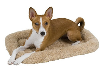 Increase Fido #;s comfort in an instant with the Petmate reg; Bolster Mat. These mats make dogs feel safe and comfortable in their kennel. The bolster provides support and comfort as well as a non-skid bottom to keep the pad in place. Providing your pe