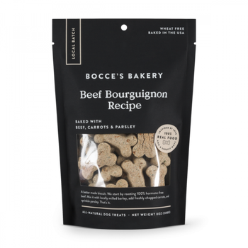 Move over Julia Child, Beef Bourguignon has gone to the dogs .sans the wine. Premium beef (our favorite NYC butcher: Pat La Frieda) roasted with sweet carrots and parsley in true beef bourguignon fashion. Low it fat. Perfect for pups with sensitive bellies or trying to maintain weight.