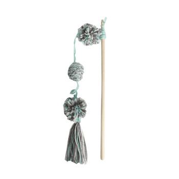 AFP Knotty Habit Yarn Pom Pom Wand