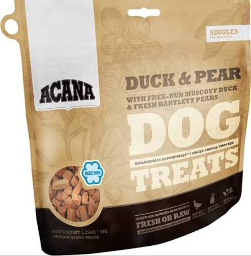 Loaded with goodness and full of natural flavor, ACANA Duck &amp Pear Treats contains one single, easily digestible animal protein and rewards your dog according to his evolutionary needs.  Raised free-run on Kentucky farms, our Muscovy duck arrives""