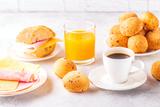 Como preparar café da manhã brasileiro?