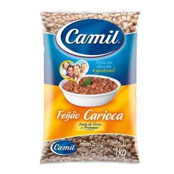 O feijão carioca Camil é rico em proteínas e carboidratos, perfeito para uma alimentação saborosa e equilibrada.