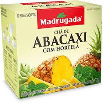 Polpa de Abacaxi, hortelã e aroma de abacaxi.