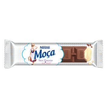 O chocolate MOÇA® é a mistura do chocolate ao leite Nestlé e a cremosidade e sabor inconfundível do leite Moça. É de dar água na boca!