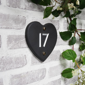 Slate Heart House Number - Classic Font