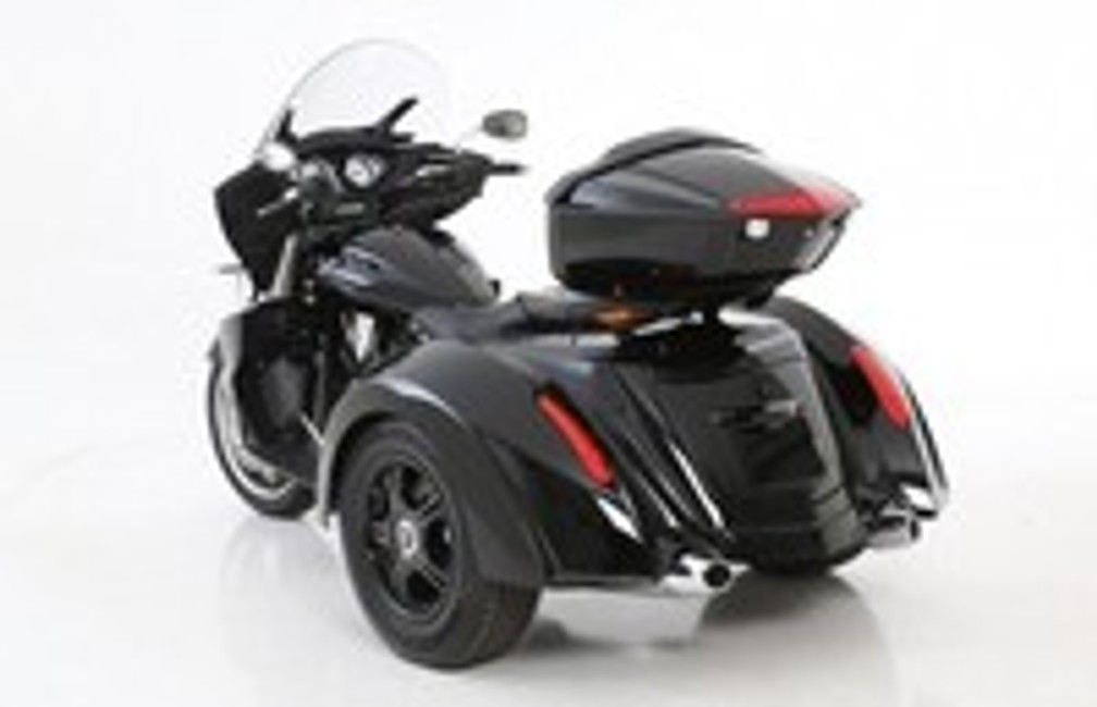 Trike Conversion for Victory Cross Country