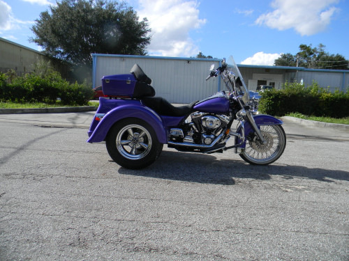 Independent suspension Trike Conversion Kit for Harley  - with Fiberglass Body Right Side View