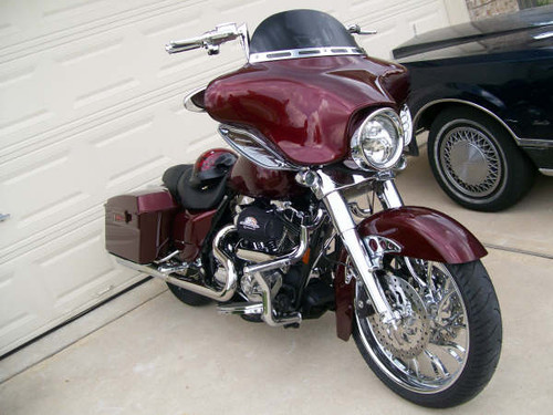 JBN Custom Engine Guard on Street Glide