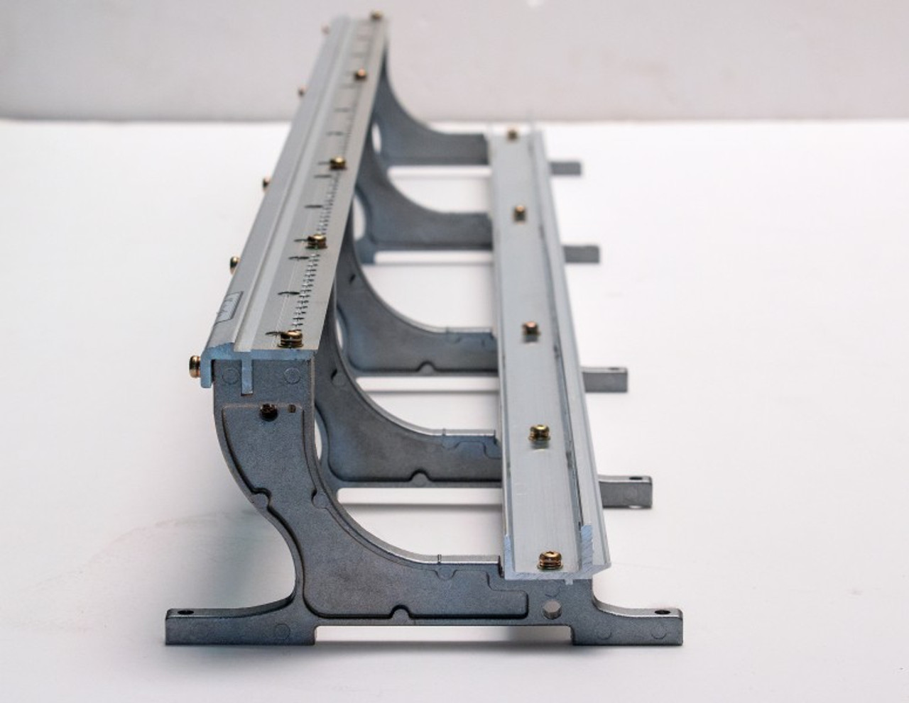 Hammer rails made of durable extruded alluminium