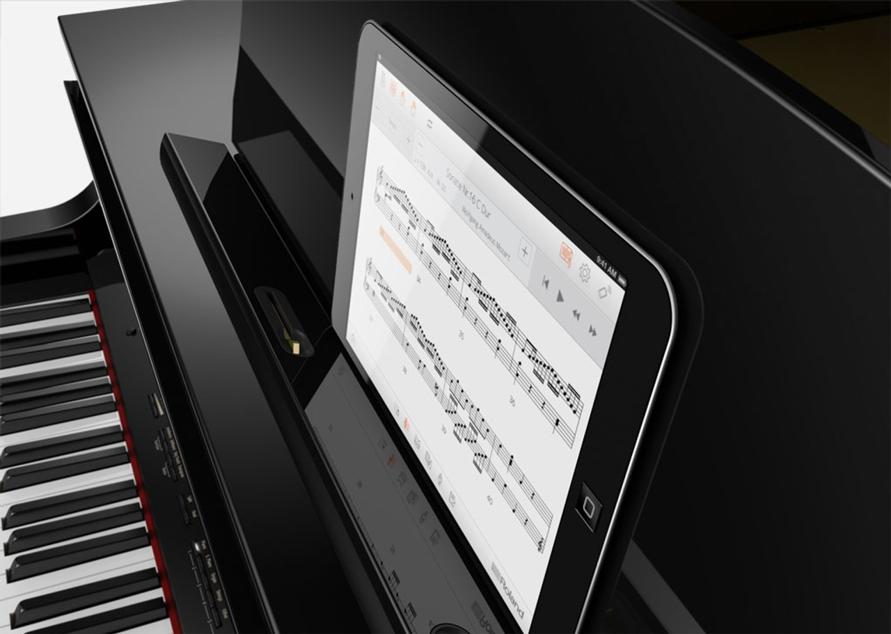 Connect To Your Smart Device and Make Piano Practice FunEnsure piano practice is a pleasure and not a chore by using the GP609's integrated Bluetooth MIDI functionality. You can wirelessly connect to educational apps like Roland's Piano Partner 2, accessing digital sheet music, song libraries, and more. And when you're just relaxing, the dedicated app for Apple Watch lets you control the GP609's internal song library from the comfort of your s