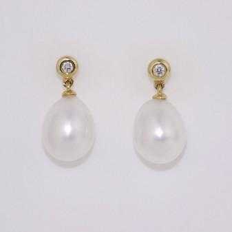 9ct Yellow Gold Pearl & Diamond Earrings ER11208
