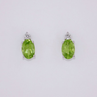 9ct white gold peridot and diamond stud earrings ER11345