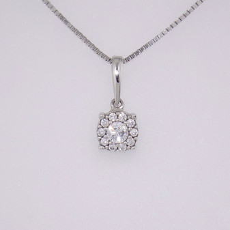 "9ct white gold cz cluster pendant on 9ct white gold 18"" box chain PE5059"